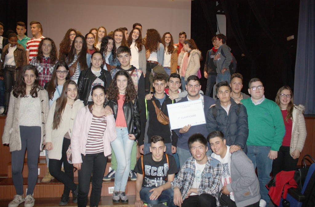 The IES Fuente de Roniel Secondary Education School of Fuente del Maestre wins the Seventh secondary school contest final on prevention of drug use in leisure and free time of teenagers in Extremadura
