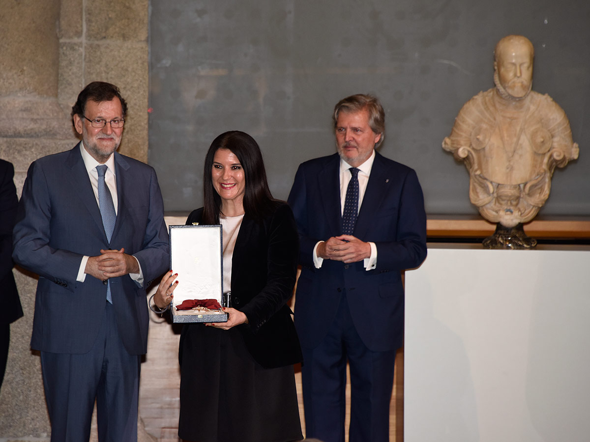 Sofia Corradi, Premio Europeo Carlos V, condecorada con la Gran Cruz de la Orden Civil de Alfonso X el Sabio