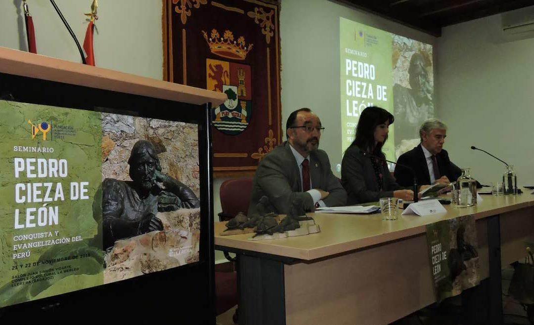 Fundación Yuste analiza la figura de Pedro Cieza de León en Llerena, su ciudad natal