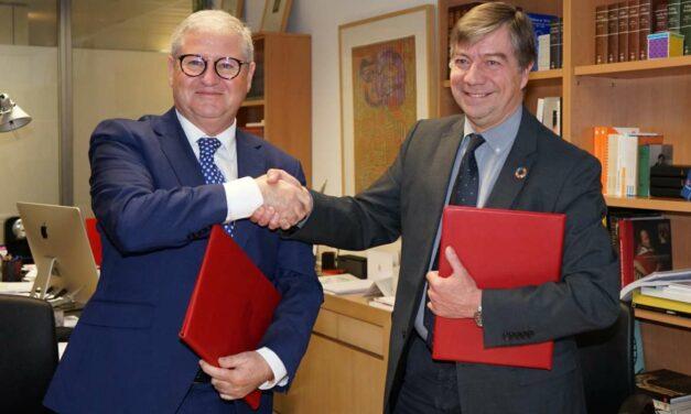 La Fundación Yuste y la Fundación Carolina firman un acuerdo de colaboración