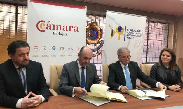 La Fundación Yuste y la Cámara de Comercio de Badajoz firman un acuerdo de colaboración