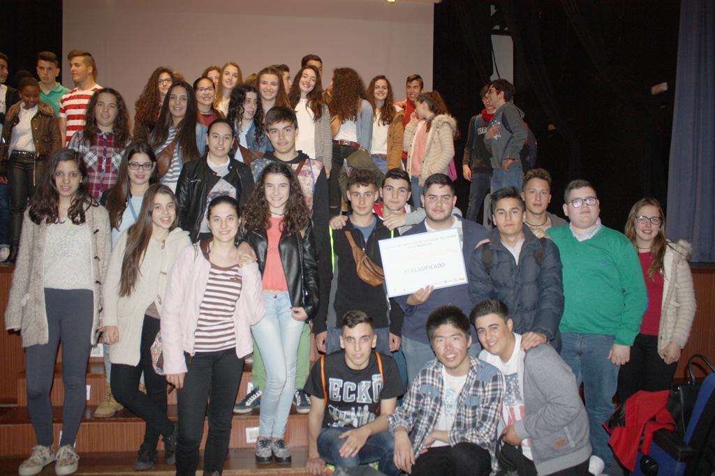 El IES Fuente de Roniel de Fuente del Maestre gana la final del VII concurso de institutos sobre prevención del uso de drogas en el ocio y tiempo libres de los adolescentes extremeños