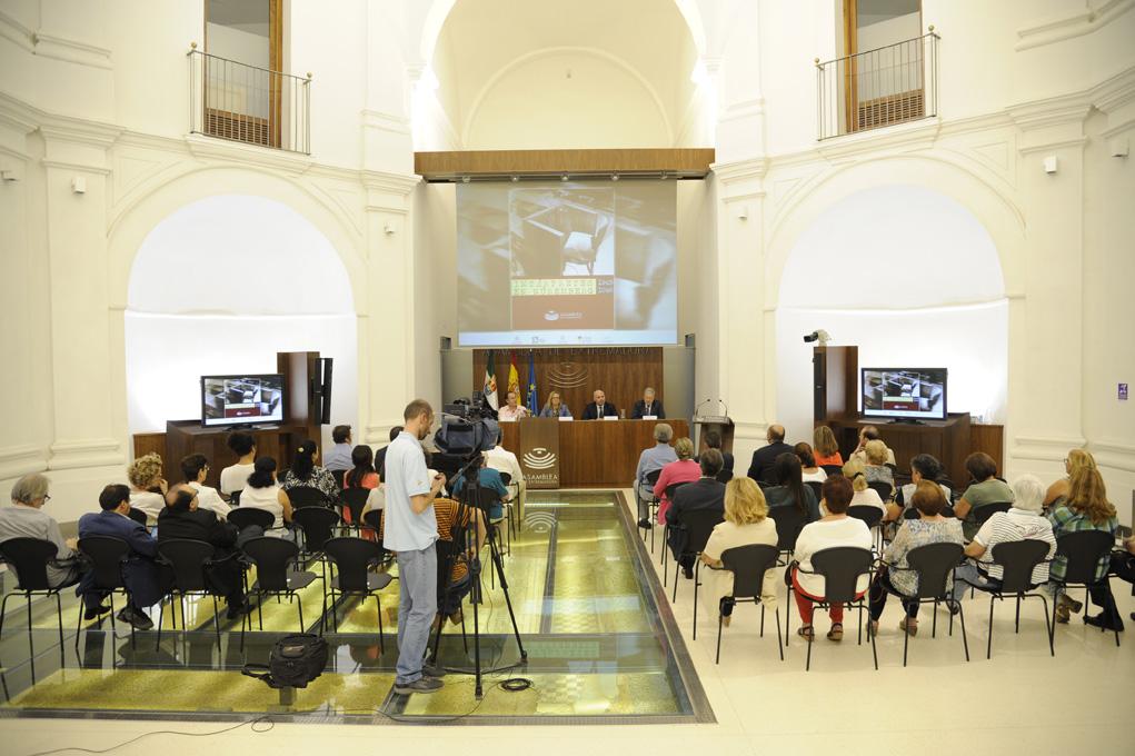 La exposición 'Los intérpretes en Núremberg' destaca el papel de la interpretación en los inicios del Derecho Penal Internacional en la lucha contra la impunidad