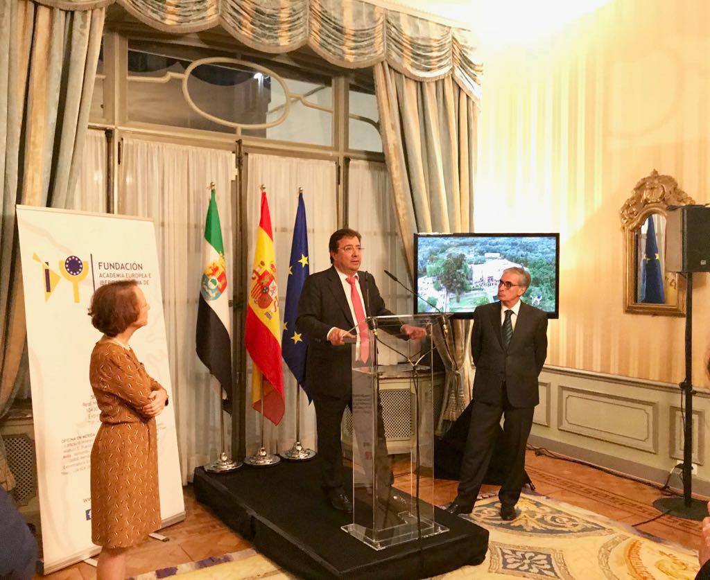 Extremadura presenta en Bruselas la Fundación Academia Europea e Iberoamericana de Yuste