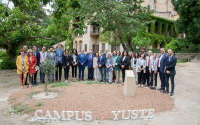 Marcelino Oreja reclama en Yuste una Europa más unida y fiel a sus principios y valores